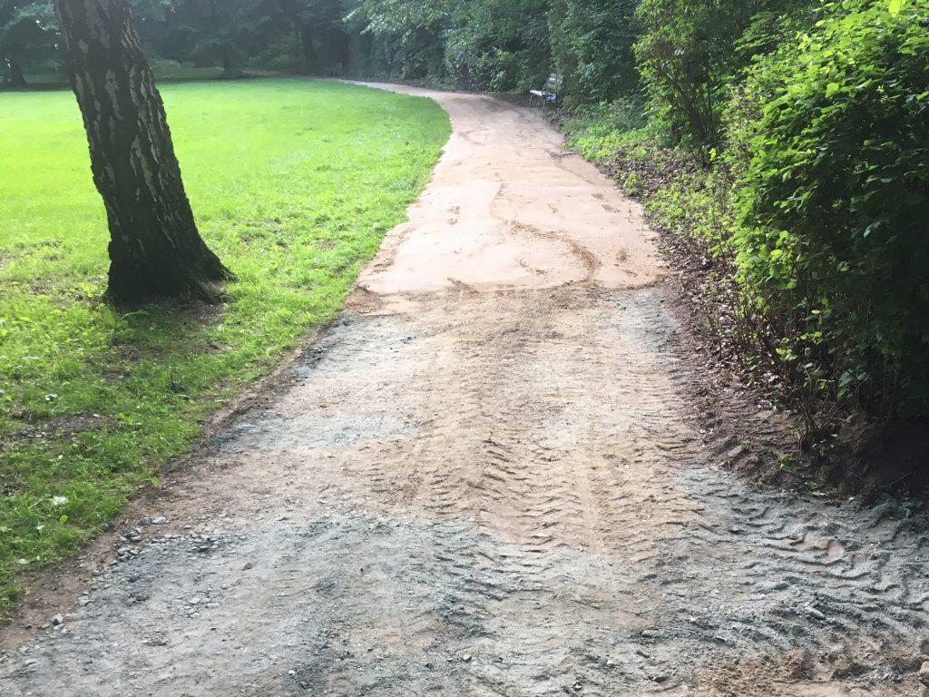 Wegebau im Schlosspark Etelsen 2017